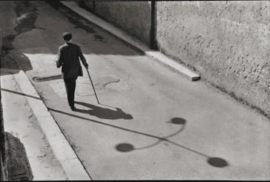 Leonard Freed, Sicilia, 1974, later print, 27.9x35.2 cm © Leonard Freed - Magnum (Brigitte Freed)