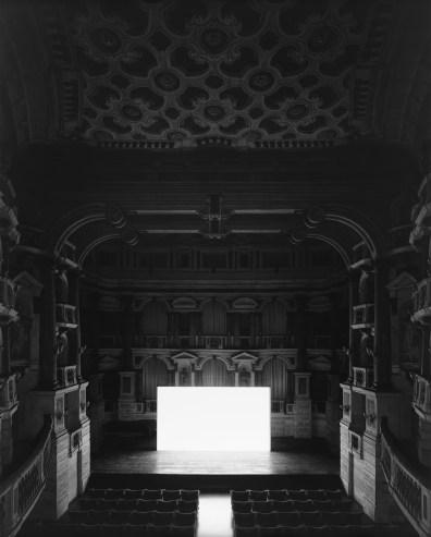 Hiroshi Sugimoto, Teatro scientifico del Bibiena di Mantova, 2015 (screen side)