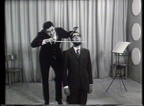 Armando Testa, Saiwa, Ritz, (violoncello), 1967. Courtesy: Collezione Gemma De Angelis Testa