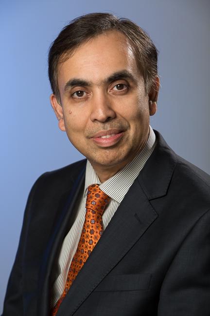 Dr Khalil Razvi - Essex Gynaecologist