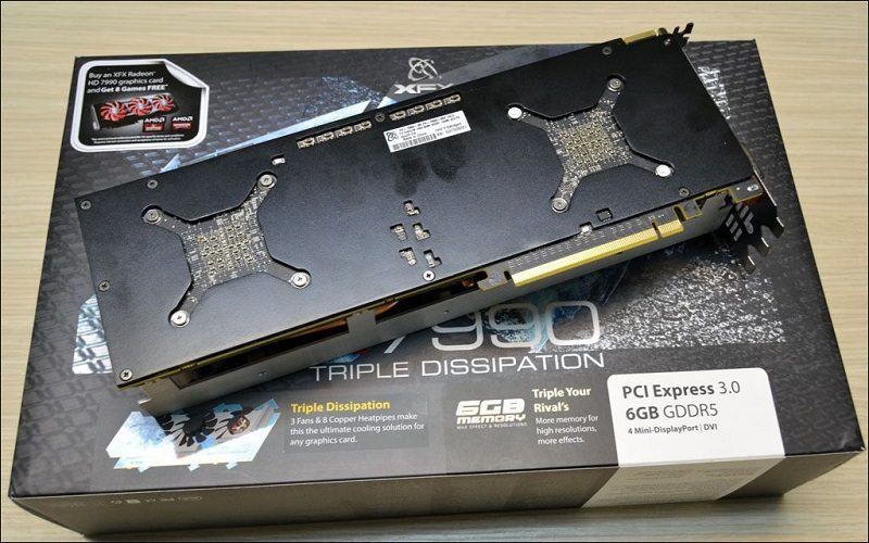 XFX-Radeon-HD-7990-Triple-Dissipation-_4