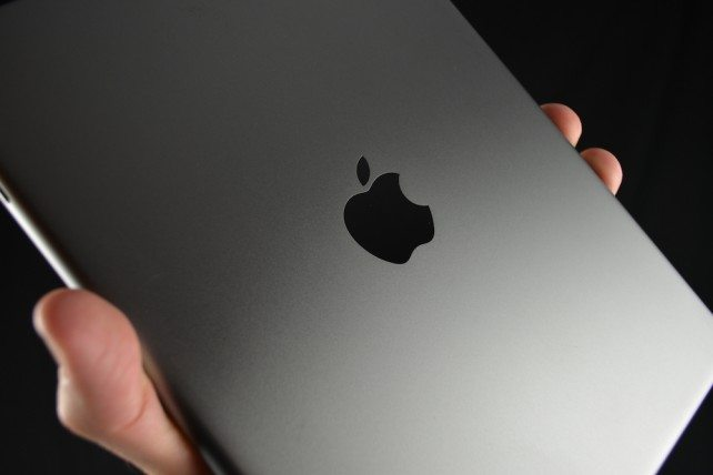 Apple_iPad_5_1