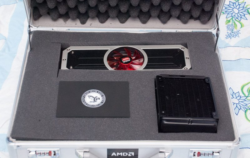 AMD R9 295X2 (2)