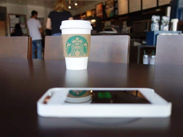 41526_01_starbucks_could_help_bring_wireless_mobile_charging_mainstream_in_2015