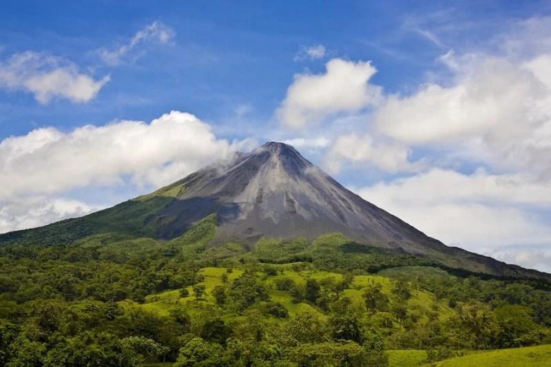 Arenal_Volcano_costa_rica