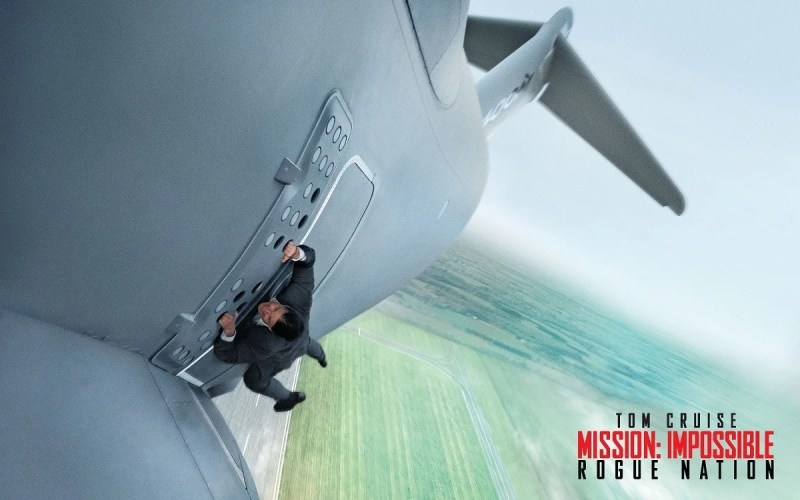 46762_03_new-mission-impossible-movie-features-triple-screen-halo-5-xbox-one_full