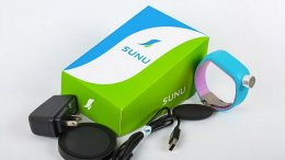 Entrepreneurs create bracelet that uses an ultrasonic system to help blind people navigate