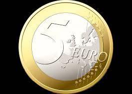 Si l'on a une pièce de 5 euros ou 10 euros, peut-on l'utiliser dans le commerce ?