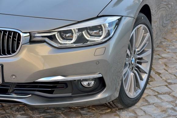 2016-BMW-3-Series-LCI109