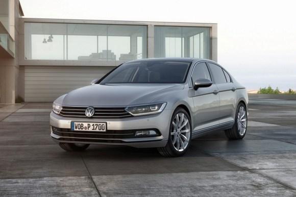 2015-VW-Passat-B8-28