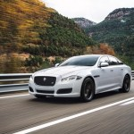 2016-Jaguar-XJR-front-three-quarter-officially-unveiled-900x601