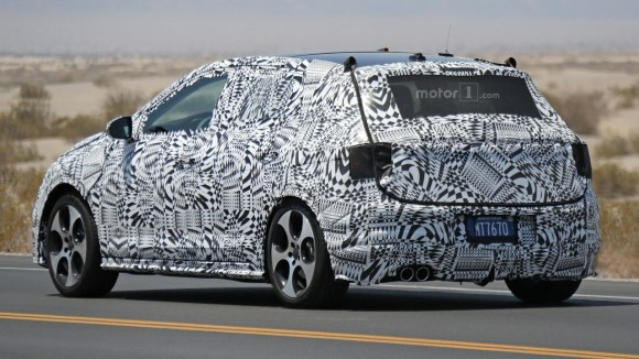 2017-volkswagen-polo-spy-photo (3)