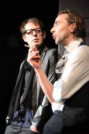 Jens Ole Schmieder und Luc Feit als Karl und Franz in dem Stück Camera Clara von Anna Poloni