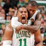 A drooling and victorious Glenn Davis gets hug from Nate Robinson