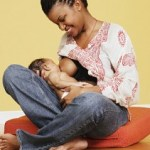 black_mother-breastfeeding(2011-med)