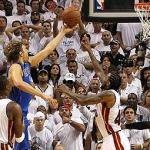 (Dirk Nowitzki delivers the winning shot for Dallas in game 2 of the NBA Finals)