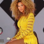 "Beyonce, who is is currently promoting her new album ""4,"" performs live in Central Park on Good Morning America."