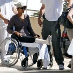 Halle-Berry-Broken-Foot-300x237
