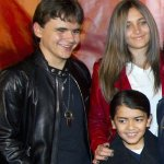 michael-jackson-s-children-prince-paris-and-blanket-pic-reuters-270396198