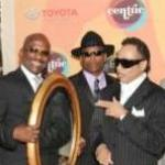 The Original 7ven opened the 2011 Soul Train Awards