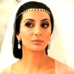 "Nasim Pedrad as Kim Kardashian in SNL's ""Kim's Fairytale Divorce"""