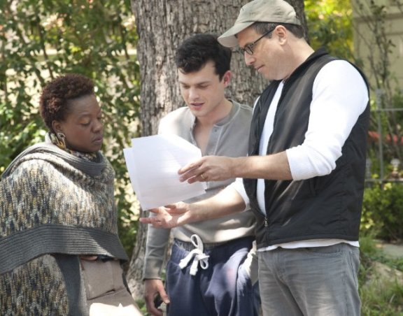 "Viola Davis, Richard LaGravenese and Alden Ehrenreich n the set of ""Beautiful Creatures"""