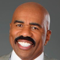 Steve Harvey 'Cant Wrap (His) Mind' Around the Bruce Jenner Situation