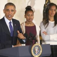 Sasha and Malia Not Impressed with Dad's Turkey Pardoning (Pics/video)