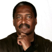 Mathew Knowles Sells Beyoncé and Solange Items to Pay the Bills