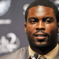 Michael Vick's Black Hair Brush Business A High Demand Success