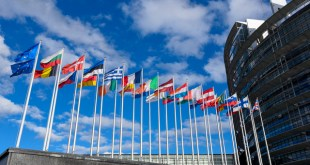 Stockshots of the European Parliament - Flags in front of EP building in Strasbourg