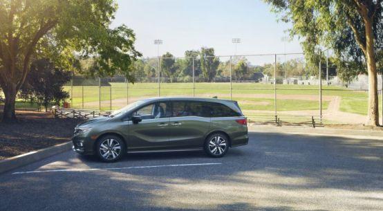 2018 Honda Odyssey Minivan on Everyman Driver with Dave Erickson