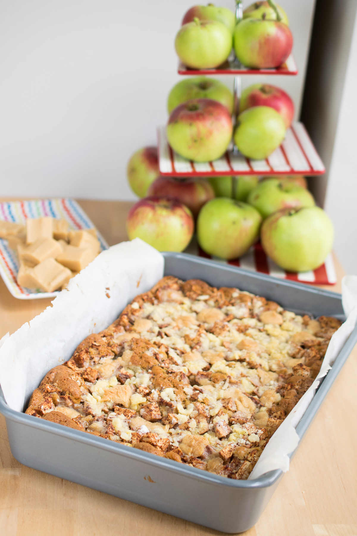 Apple Fudge Crumble Traybake
