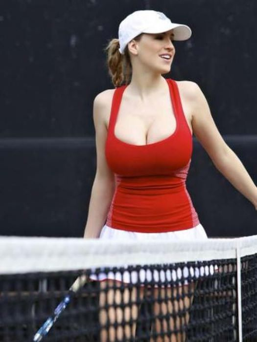 jordan carver playing tennis 7 tig ol bitties cool stuff the best 101  646 Pictures of Ladies with Major Big Boobage
