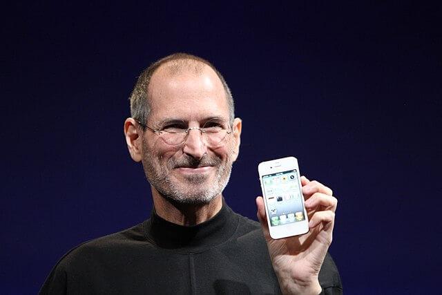 640px-Steve_Jobs_Headshot_2010
