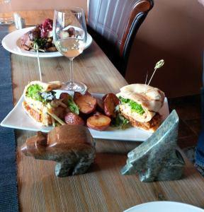 Soapstone Carving and Wine Experience at an Okanagan Vineyard