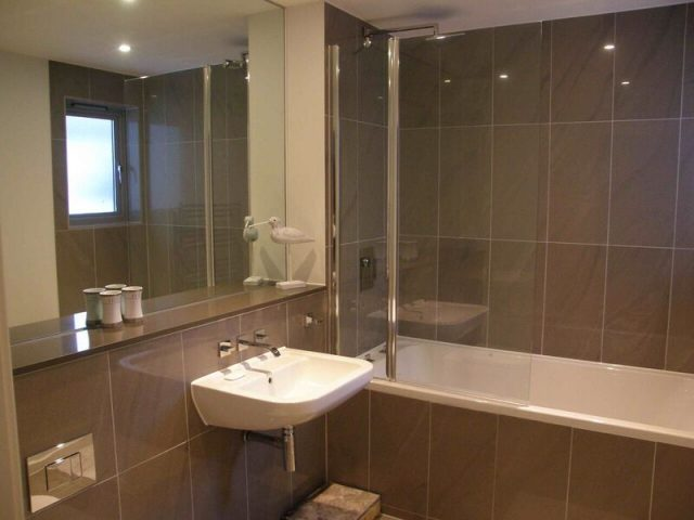 Fistral6bathroom