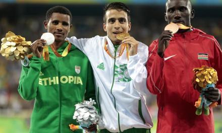 Paratleta argelino conquista medalha com tempo que garantiria ouro olímpico