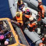 Italianos constroem barricadas contra chegada de imigrantes
