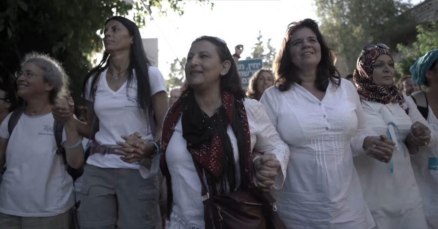 Milhares de mulheres israelitas, muçulmanas e cristãs marcham juntas pela paz em Israel