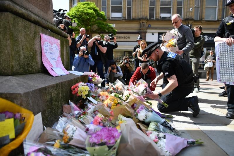 """Ataque em Manchester: """"Afaste-se do mal e faça o bem"""""""