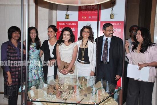 Tisca-Chopra-at-Gemfields-Retial-Jeweller-India-awards-1.jpg