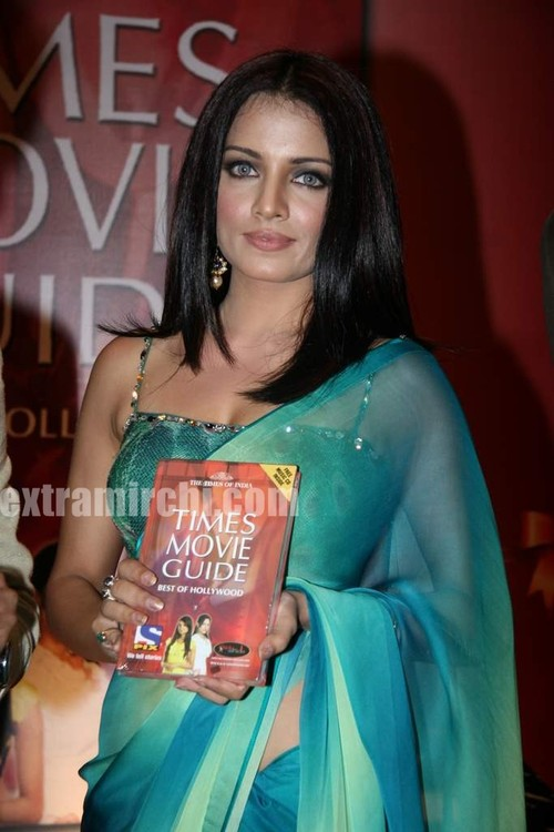 Celina-Jaitley-at-The-Times-of-India-Best-of-Hollywood-book-launch-2.jpg