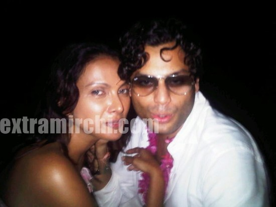 Viveka-Babajee-with-Gautam-Vora-picture-5.jpg