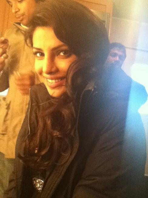 Priyanka-Chopra-Don-2-on-the-sets.jpg