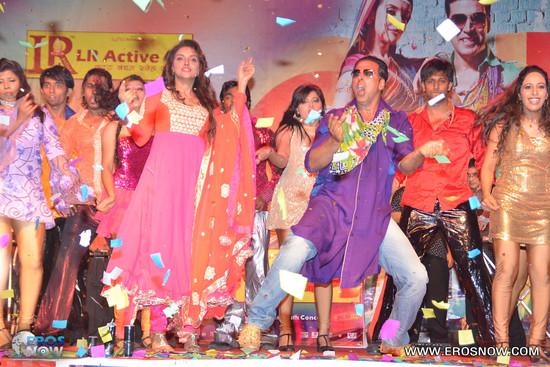 Asin-in-Khiladi-786_event-8.jpg