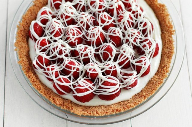 30 white chocolate wonderful recipes something swanky for White chocolate and strawberry tart