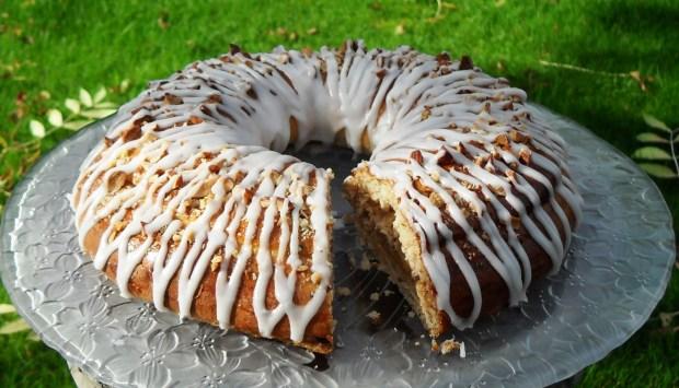 Yeast, cake, bread, danish, traditional, easy