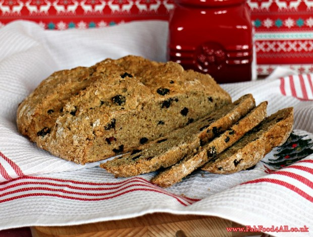 Christmas Soda Bread, Spelt flour, marzipan, stollen, panettone, mixed spice, orange zest, currants, dried cherries, dried fruit, vanilla, quick, easy, without buttermilk, milk and lemon juice