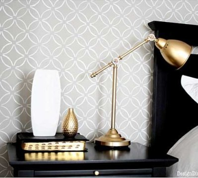 Budget Style: Stenciling vs. Wallpaper | fabrictherapy